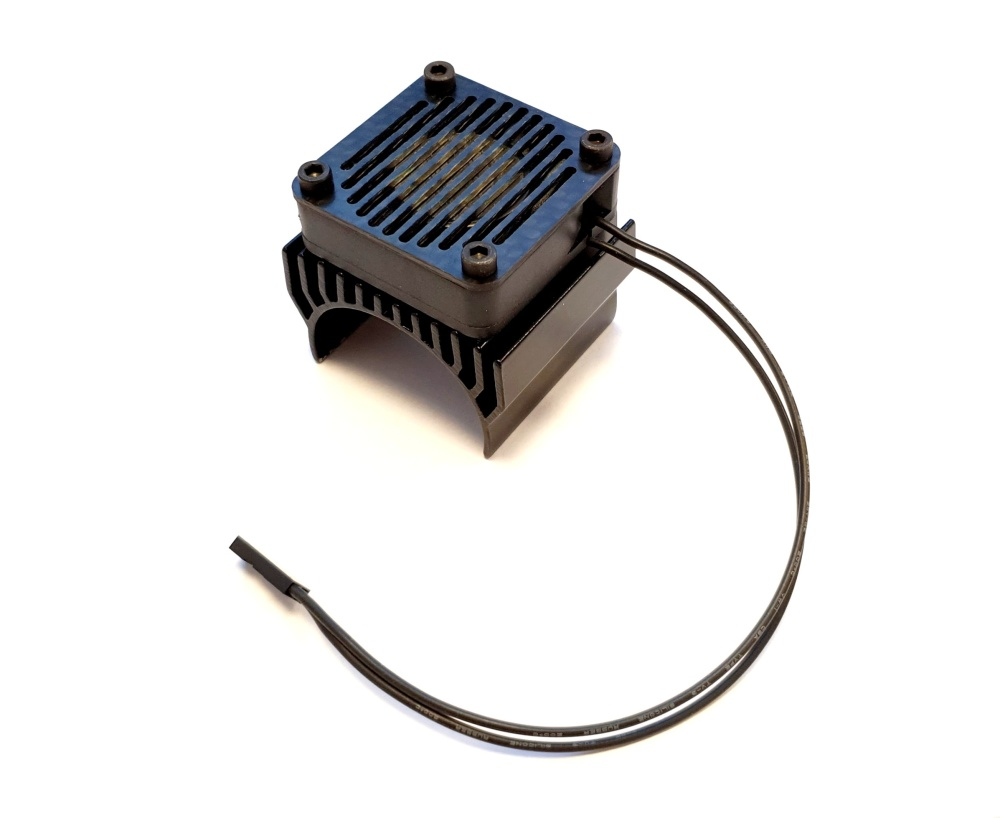 Dash Lüfter mit Kühlkörper 1:8 und Carbon-Lüfetrabdeckung