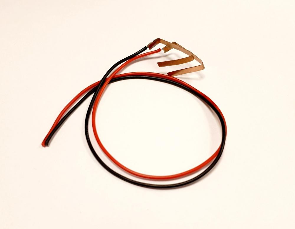 Carrera Anschlussclips mit Kabel für Stromeinspeisung