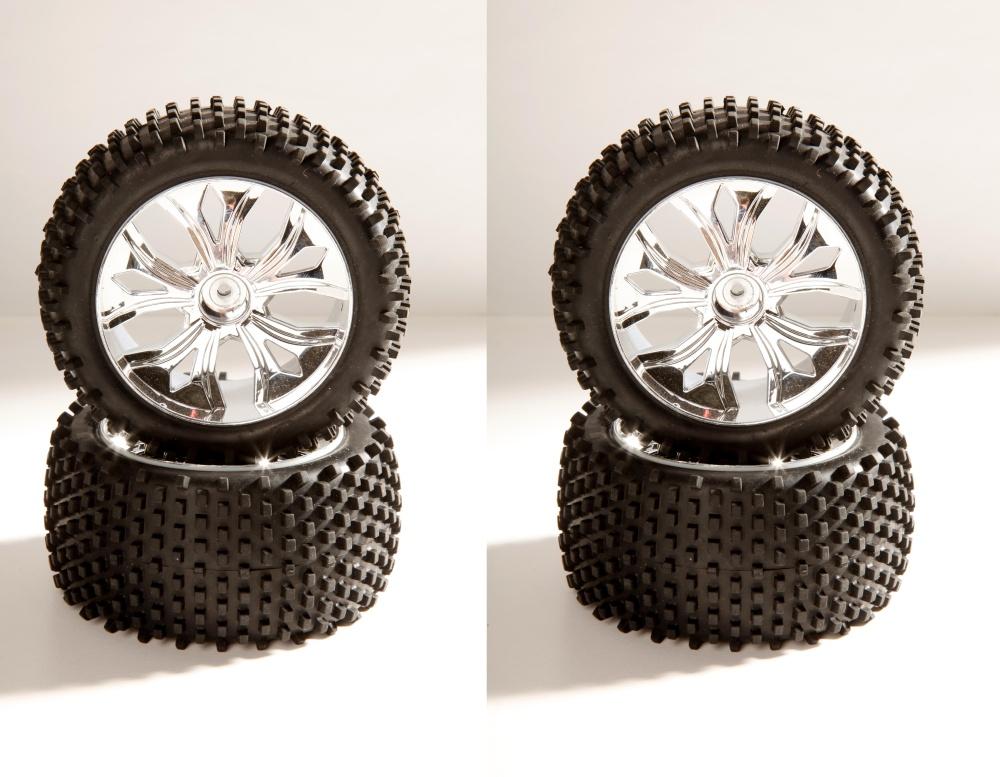 DF-Models Radsatz mit Chromfelgen (4)