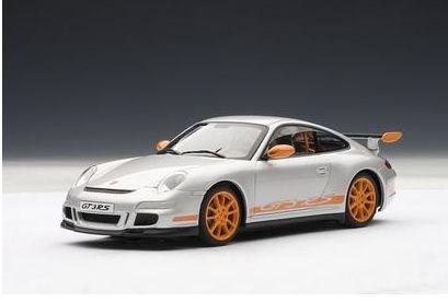 AutoArt Porsche 911 (997) GT3 RS silber